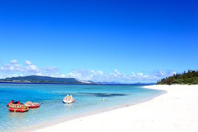 「沖縄で絶対行きたい島5選!インスタ映え間違いなし!」