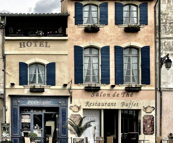 『宿泊予定のホテルがオーバーブッキングしてしまった場合どうする!?』